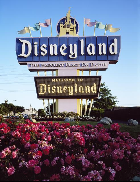 Disneyland Entry Sign